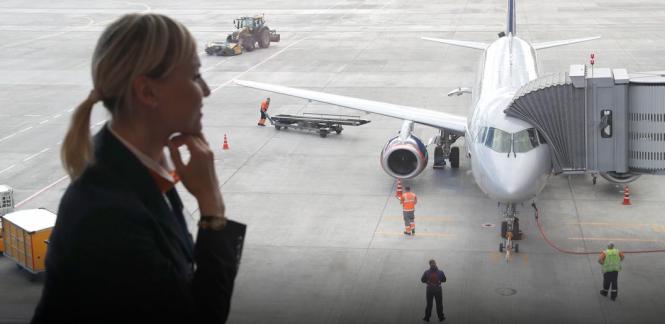 В России начнут пускать в самолет по смартфону
