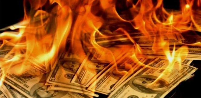Доллар уходит из российской экономики