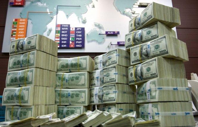 ЦБ РФ продлил мораторий на покупку валюты в рамках бюджетного правила до конца 2018 года