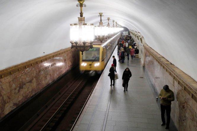 Одну линию московского метро предложили сделать беспилотным