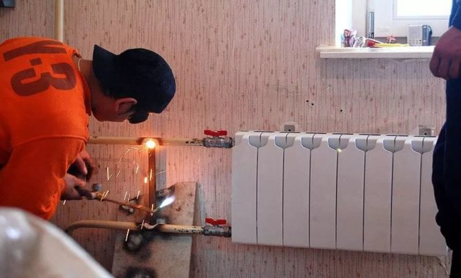 Граждан планируется освободить от двойной платы за отопление на основании квартирных и общедомовых счетчиков
