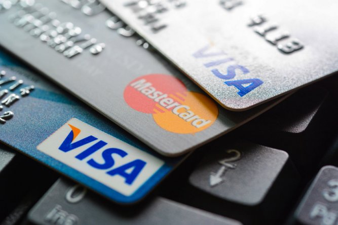 Европейские банки решили отказаться от Visa и MasterCard