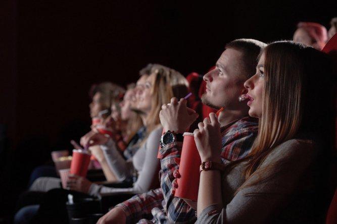 Показ рекламы в кинотеатрах могут ограничить