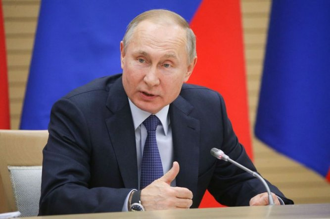Путин пояснил, зачем надо зафиксировать индексацию пенсий в Конституции