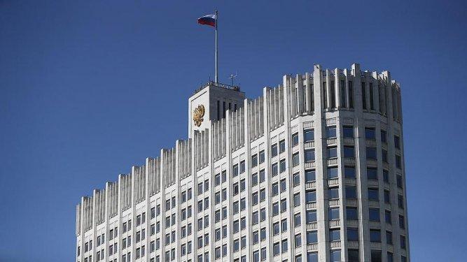 Правительство сняло ряд ограничений на въезд и выезд из России